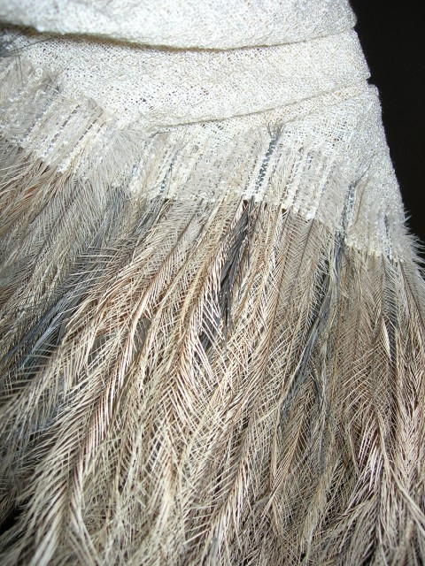 emu-feather-stole-008.jpg